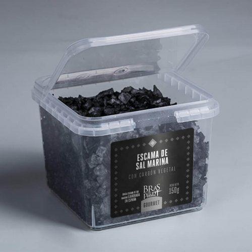 Caja con tapa abierta con escama de sal marina con carbón 150 g