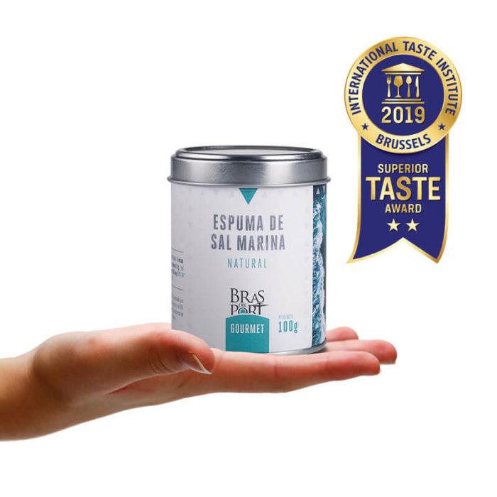 Bote de espuma de sal marina natural 100 g Superior mano Taste Awards