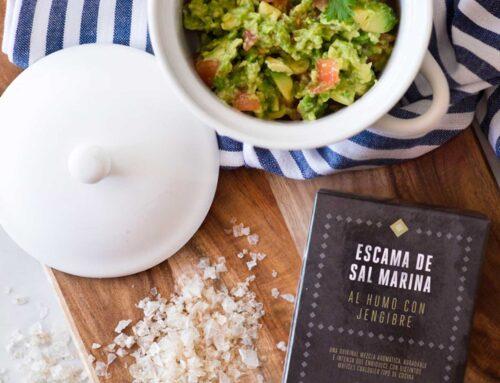 Añade sal en escamas a tu receta favorita de guacamole