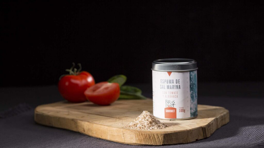 espuma de tomate y albahaca